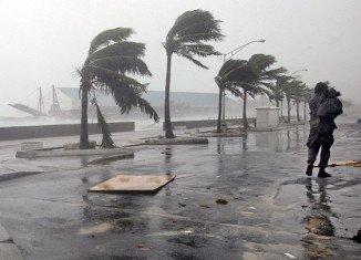 Hurricane Irene passed Bahamas (AP photo).