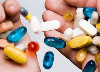 A major observational study, which involved nearly 39,000 women, has found multivitamins, vitamin B, folic acid, iron, magnesium and copper supplements all increased the statistical risk of premature death