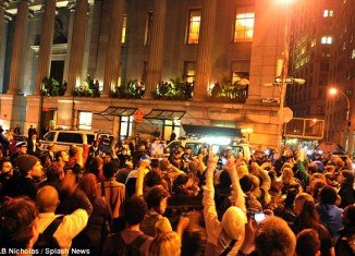 """Hundreds of Occupy movement protesters stormed Cipriani restaurant last night to confront NYC Mayor Michael Bloomberg ahead of this morning's planned """"eviction"""" of their Manhattan camp"""