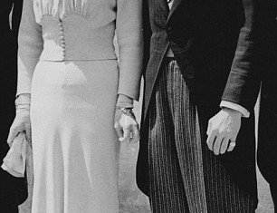 """Nancy Shevell's wedding dress, designed by Stella McCartney, was a """"remake"""" of the 1937 Wallis Simpson wedding outfit"""