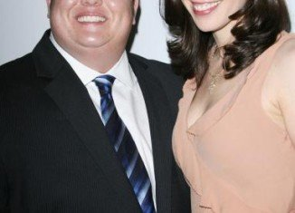 Chaz Bono and his fiancée Jennifer Elia have decided to end their engagement