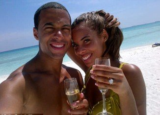 Rochelle Wiseman and Marvin Humes announce that they got engaged during their holiday in the Caribbean