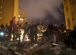 At least 13 people died and 12 have been injured after a five-floor block collapsed in the Ashrafiyeh district of the Lebanese capital Beirut on Sunday evening