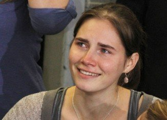 Amanda Knox has signed for a reported $4 million with publisher HarperCollins to write about her murder conviction and acquittal in Italy