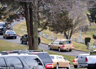 Whitney Houston is to be buried in a private ceremony at the Fairview Cemetery in Westfield where her father, John Russell Houston Jr., was interred in 2003