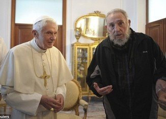 Pope Benedict XVI and the former Cuban leader Fidel Castro had a meeting today for the first time after the Pontiff saying mass in Havana