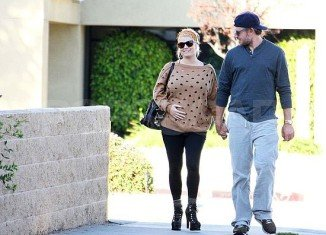 Wanting to pick a baby name with meaning, Jessica Simpson makes a quirky, but cute, choice