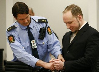 """Anders Breivik has told his trial in Oslo he believes there can be only two """"just"""" outcomes to his trial, acquittal or the death penalty"""