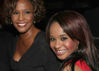 Bobbi Kristina Brown wants to play Whitney Houston in a possible biopic of the late singer