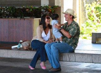 Chris Noth last week married his long-term partner Tara Wilson in an intimate Hawaiian setting