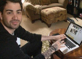IsAnyoneUp was set up at the end of 2010, originally as a way for Hunter Moore to write stories about his own experiences with women, as well as post pictures