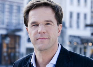 Prime Minister Mark Rutte has presented his government's resignation to Queen Beatrix of Neatherlands