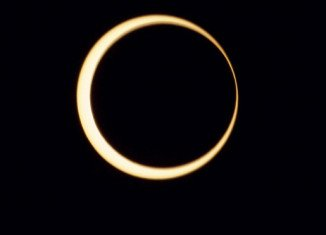 """An """"annular eclipse"""" has been viewed across a swathe of the Earth stretching across the Pacific from Asia to the western US"""