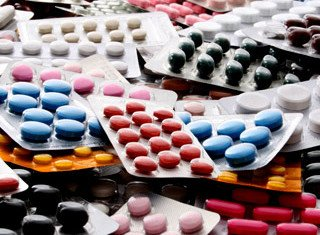 Antipsychotic drugs are seen as the most effective treatment of psychotic episodes, but they are also recognized to have devastating side effects