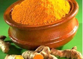 Curcumin, a chemical found in curry, is to be tested for its ability to kill bowel cancer tumors in patients
