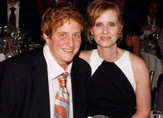 Cynthia Nixon has married her long-term partner Christine Marinoni