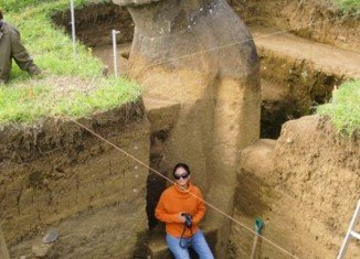 The Easter Island Statue Project (EISP) has been carefully excavating two of 1,000-plus statues on the islands, doing their best to uncover the secrets of the mysterious stones, and the people who built them