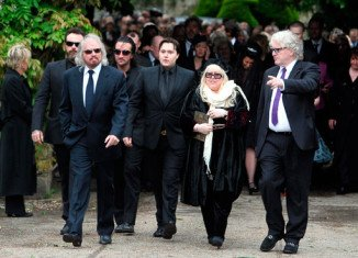 """At yesterday's service at St Mary's Church in Thame, Oxfordshire, Barry Gibb spoke of Robin's """"magnificent mind and beautiful heart"""""""