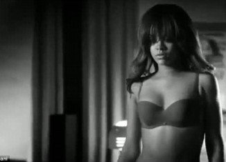 Rihanna is said to have used model Jahnassa Aicken as a body double for the sexy Armani advertisement which she filmed earlier this year