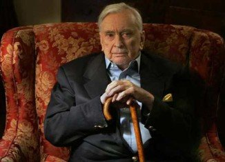 Celebrated author and political commentator Gore Vidal has died aged 86