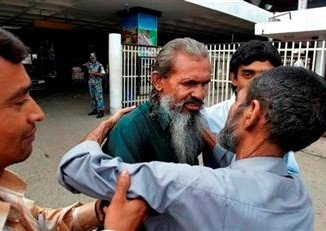 Moslemuddin Sarkar, a Bangladeshi man who went missing for 23 years, has been reunited with his family, who had given him up for dead