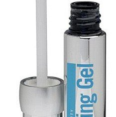 """Transformulas Eye Lifting Gel is branded a """"wake me up wonder"""" and the """"no-needle eye lift in a tube"""""""