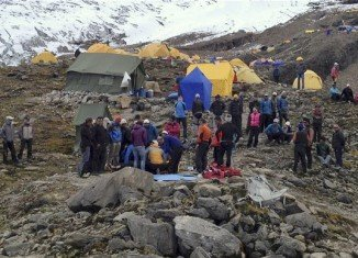 At least nine climbers are feared dead and six more are missing in Nepal after an avalanche swept away Europeans and others on Himalayan peak Manaslu