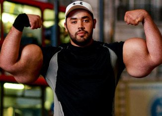 Moustafa Ismail, an Egyptian-born bodybuilder, has just had his 31 inch biceps crowned the biggest in the world
