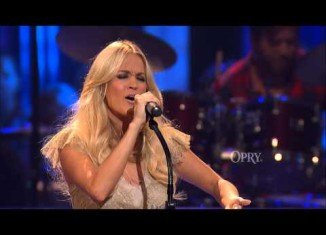 This year MDA Telethon featured pop singers Carrie Underwood and Paula Abdul among other Hollywood celebrities at the September 2 TV event