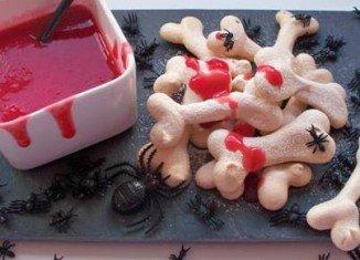 Bones and Blood Halloween cookies