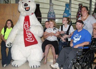 Honey Boo Boo and her family visit Coca-Cola factory