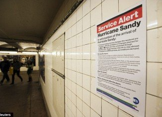 New York City's public transport system will be suspended tonight ahead of the arrival on Monday of Hurricane Sandy