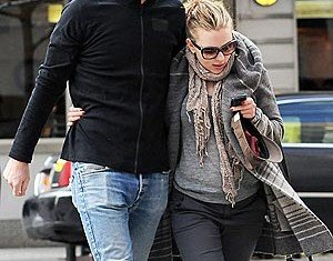 Scarlett Johansson has broken up with her boyfriend Nate Naylor