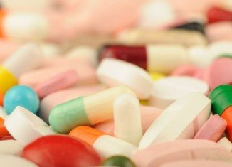 Taking a daily multivitamin pill may lower the risk of developing cancer in men
