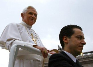 A Vatican court has convicted computer expert Claudio Sciarpelletti of helping Pope's former butler Paolo Gabriele to leak information from confidential papal documents