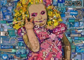Artist Jason Mecier spent 50 hours and used 25 lbs of garbage to create a larger-than-life portrait of Honey Boo Boo