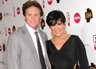 Former Olympic athlete Bruce Jenner has apparently consulted a divorce lawyer regarding his 21-year marriage to the Kardashian matriarch