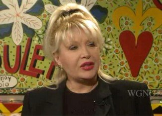 Gennifer Flowers has claimed that Bill Clinton called her as recently as 2005, begging to see her