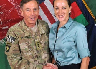 Paula Broadwell was an acolyte, never a reporter and an unquestioning devotee of David Petraeus