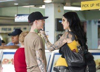 Saturday morning tattoo artist Kat Von D was announcing her split from boyfriend, DJ Deadmau5, on Twitter