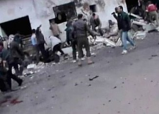 At least 90 people have been killed in a government air strike on a bakery in the central Syrian province of Hama