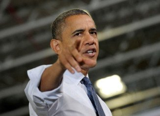 Barack Obama has used a last-ditch White House meeting to urge Congress to back an interim plan to avoid the fiscal cliff