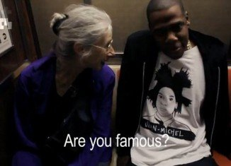Jay-Z talks to old lady on subway and she has no idea who he is