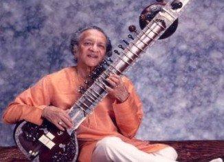 Ravi Shankar, Indian sitar maestro, has died in a hospital in San Diego, aged 92