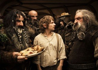 The Hobbit An Unexpected Journey has topped the US box office chart for a second week