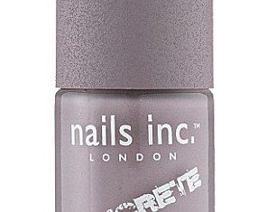 While caviar and velvet manicures may have been hot beauty news in 2012, 2013 is all about the concrete nail varnish