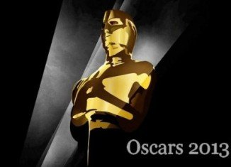 The deadline for voting for 2013 Oscar nominations has been extended after some people experienced problems with a new online voting system