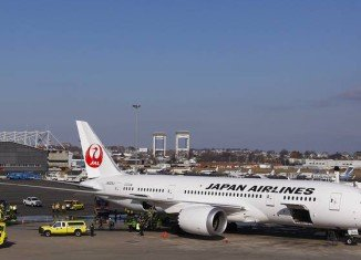 Two fresh setbacks have hit Boeing's 787 Dreamliner plane, two days after an electrical fire broke out on board a Japan Airlines Dreamliner on Monday
