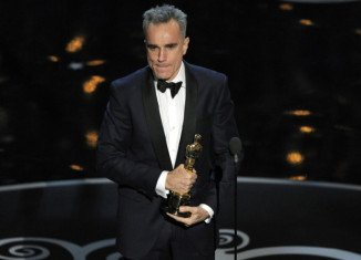 Daniel Day-Lewis has made history at Oscars 2013 after becoming the first person to win the best actor prize three times