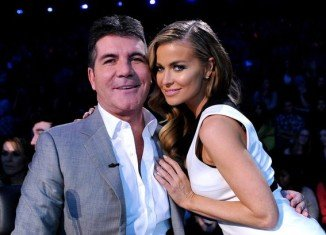 Simon Cowell and Carmen Electra have not been pictured together for weeks and now he has confirmed he's split from the model